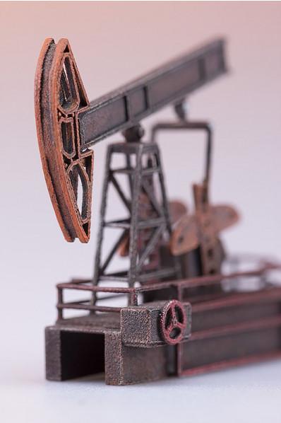Miniatura pompy ropy naftowej