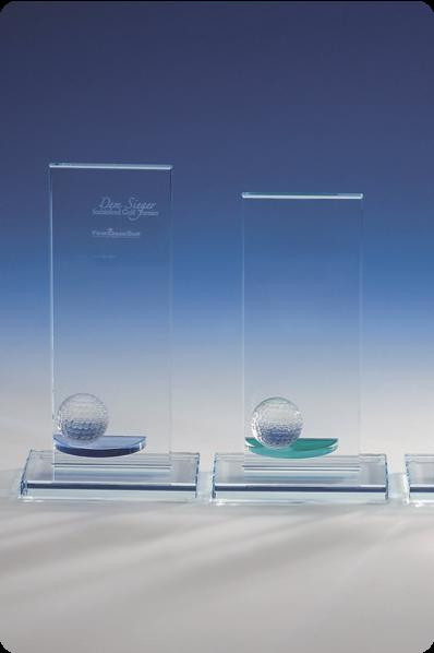 Statuetki z kulami szklanymi