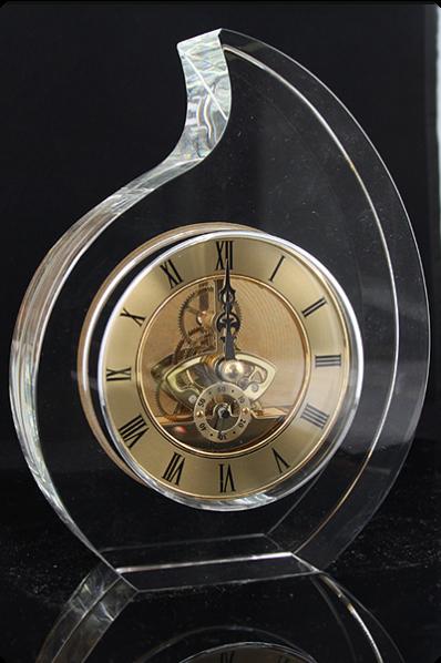 Statuetka zegar mechaniczny