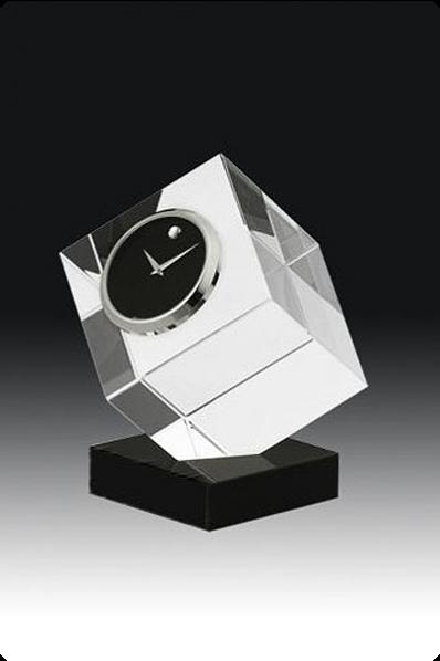 Zegar kryształowy sześcian