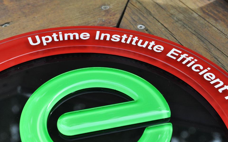 UPTIME INSTITUTE EFFICIENT IT